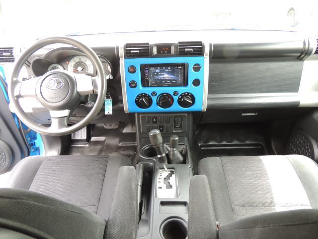 2007 Toyota FJ Cruiser 4dr SUV / 4X4 / REAR DIFF LOCKS / LIFTED LIFTED - Photo 20 - Portland, OR 97217