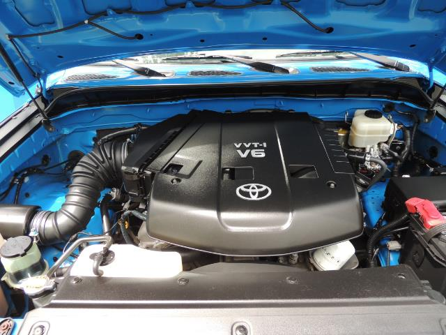 2007 Toyota FJ Cruiser 4dr SUV / 4X4 / REAR DIFF LOCKS / LIFTED LIFTED - Photo 32 - Portland, OR 97217