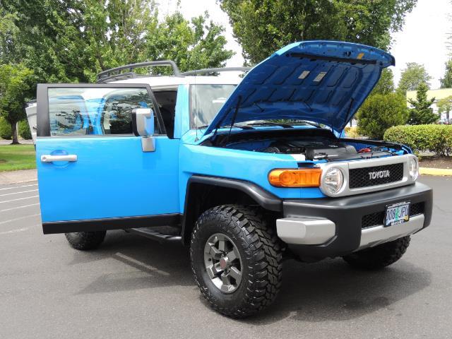 2007 Toyota FJ Cruiser 4dr SUV / 4X4 / REAR DIFF LOCKS / LIFTED LIFTED - Photo 29 - Portland, OR 97217