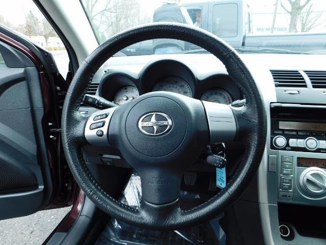 2010 Scion tC 2Dr / Sunroof / 5-Speed / Excel Cond - Photo 21 - Portland, OR 97217