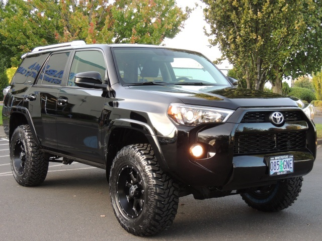 2014 toyota 4runner sr5 4x4 3rd seats backup camera 1. Black Bedroom Furniture Sets. Home Design Ideas