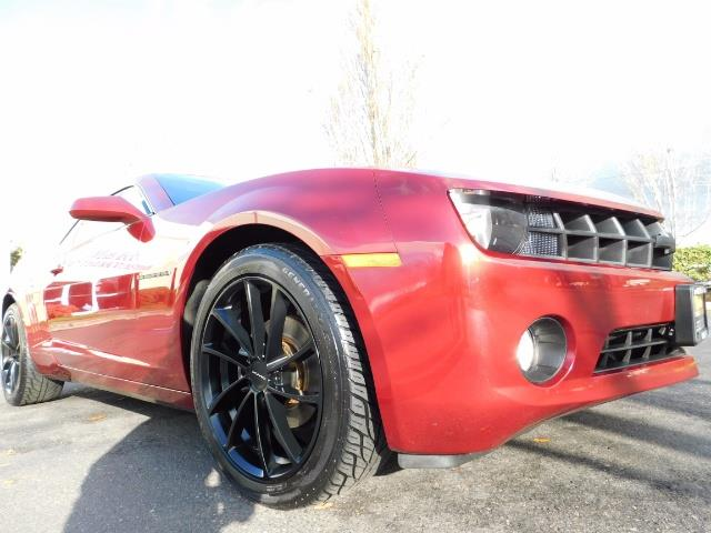 2011 Chevrolet Camaro LT / Coupe / Premium Wheels / Spoiler / Excl Cond - Photo 10 - Portland, OR 97217