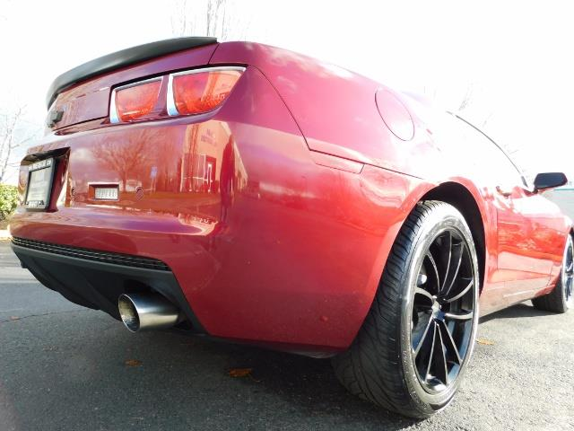 2011 Chevrolet Camaro LT / Coupe / Premium Wheels / Spoiler / Excl Cond - Photo 11 - Portland, OR 97217