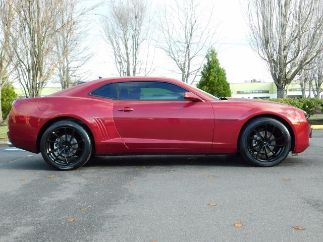2011 Chevrolet Camaro LT / Coupe / Premium Wheels / Spoiler / Excl Cond - Photo 4 - Portland, OR 97217