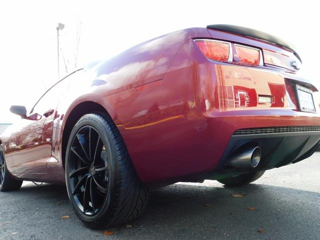 2011 Chevrolet Camaro LT / Coupe / Premium Wheels / Spoiler / Excl Cond - Photo 12 - Portland, OR 97217