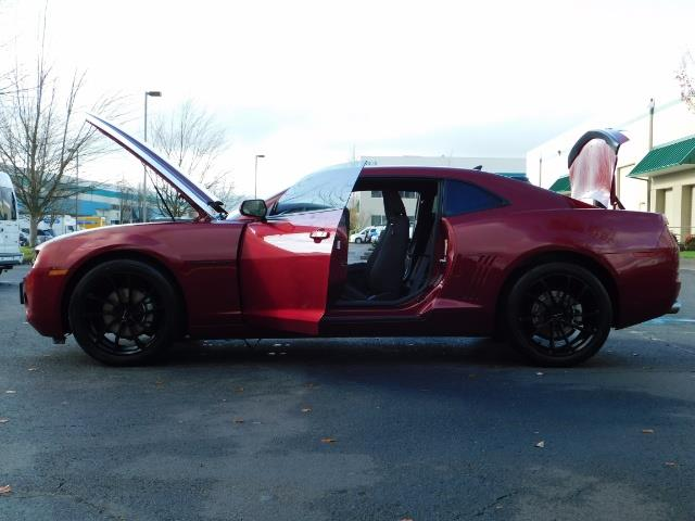 2011 Chevrolet Camaro LT / Coupe / Premium Wheels / Spoiler / Excl Cond - Photo 23 - Portland, OR 97217