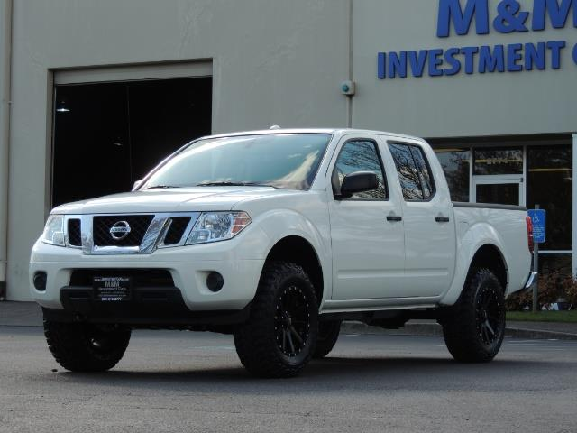 2016 Nissan Frontier SV / 4X4 / Crew Cab / 6Cyl / LIFTED LIFTED - Photo 1 - Portland, OR 97217