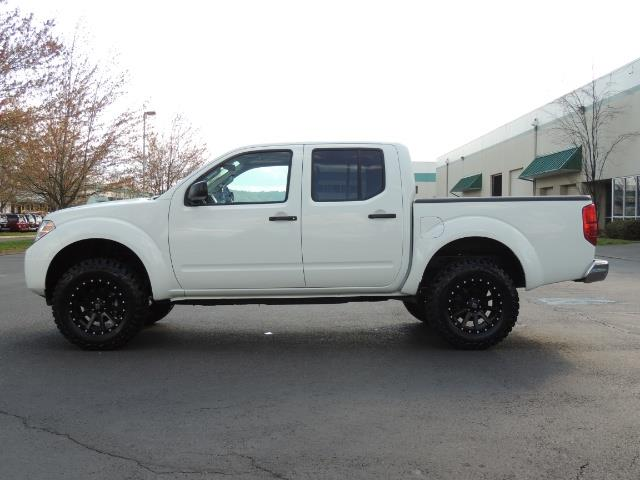 2016 Nissan Frontier SV / 4X4 / Crew Cab / 6Cyl / LIFTED ...