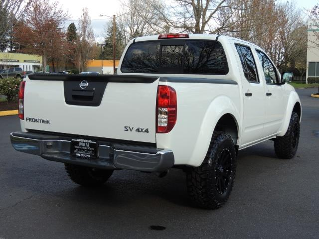 2016 Nissan Frontier SV / 4X4 / Crew Cab / 6Cyl / LIFTED LIFTED - Photo 8 - Portland, OR 97217
