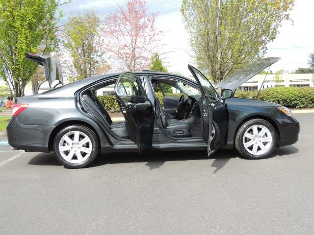 2009 Lexus ES 350 / Luxury Sedan / Navigation / 1-OWNER/ 50K MLS - Photo 30 - Portland, OR 97217