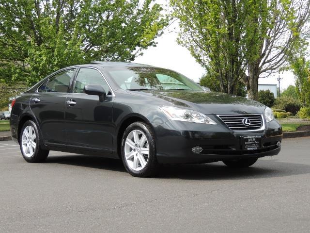 2009 Lexus ES 350 / Luxury Sedan / Navigation / 1-OWNER/ 50K MLS - Photo 2 - Portland, OR 97217