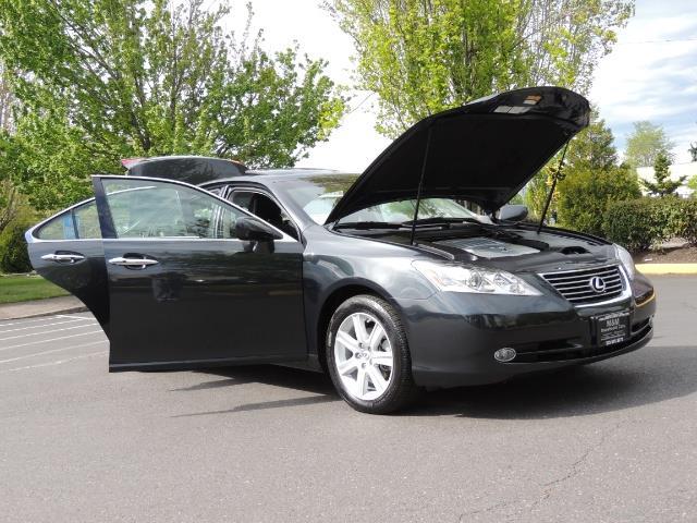 2009 Lexus ES 350 / Luxury Sedan / Navigation / 1-OWNER/ 50K MLS - Photo 31 - Portland, OR 97217