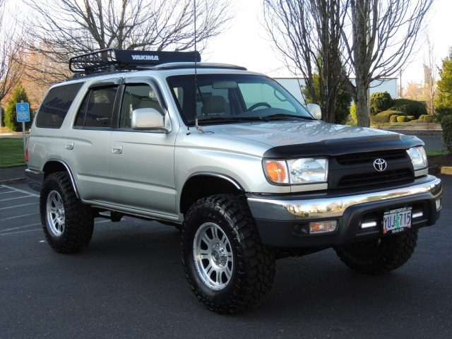 2002 toyota 4runner sr5 4x4 6cyl lifted lifted. Black Bedroom Furniture Sets. Home Design Ideas