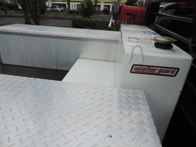 2006 Dodge Ram 2500 SLT 4dr Mega Cab / 4X4 / 5.9L DIESEL / FLAT BED - Photo 10 - Portland, OR 97217