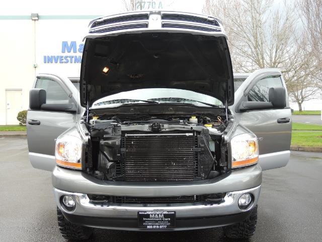2006 Dodge Ram 2500 SLT 4dr Mega Cab / 4X4 / 5.9L DIESEL / FLAT BED - Photo 30 - Portland, OR 97217