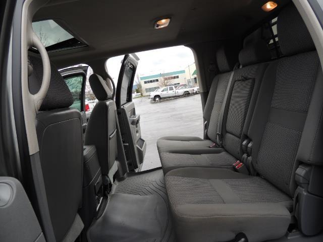 2006 Dodge Ram 2500 SLT 4dr Mega Cab / 4X4 / 5.9L DIESEL / FLAT BED - Photo 16 - Portland, OR 97217