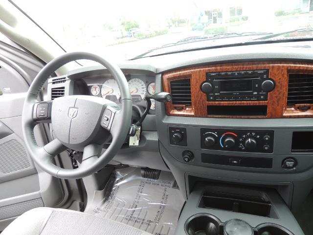 2006 Dodge Ram 2500 SLT 4dr Mega Cab / 4X4 / 5.9L DIESEL / FLAT BED - Photo 20 - Portland, OR 97217