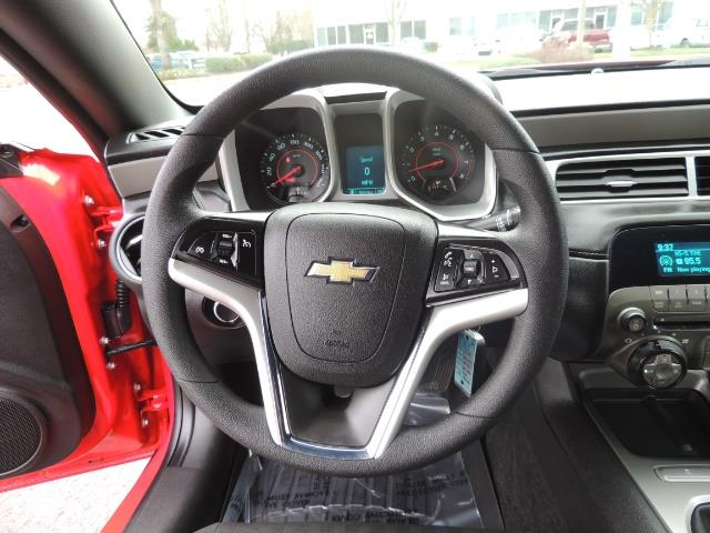 2014 Chevrolet Camaro LS / Coupe / 3.6 Liter 6Cyl / ONLY 9000 MILES - Photo 19 - Portland, OR 97217