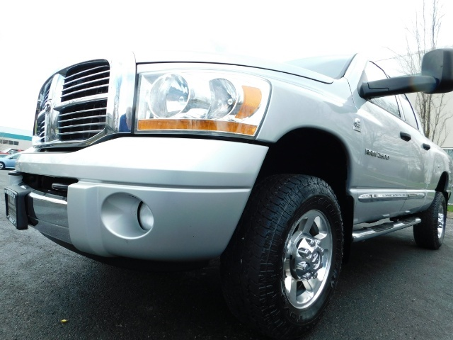 2006 Dodge Ram 2500 Laramie / 4X4 / 5.9L Cummins / 1-OWNER / LEATHER - Photo 9 - Portland, OR 97217