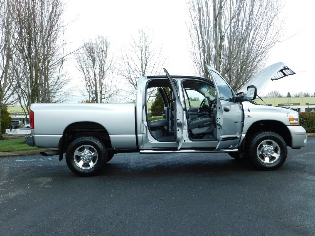 2006 Dodge Ram 2500 Laramie / 4X4 / 5.9L Cummins / 1-OWNER / LEATHER - Photo 29 - Portland, OR 97217