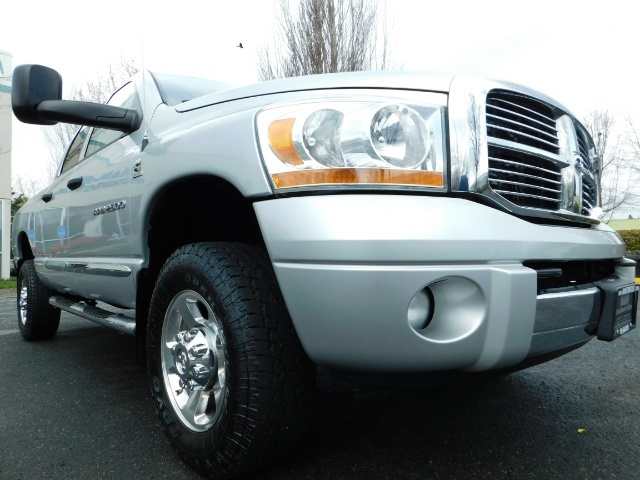 2006 Dodge Ram 2500 Laramie / 4X4 / 5.9L Cummins / 1-OWNER / LEATHER - Photo 10 - Portland, OR 97217