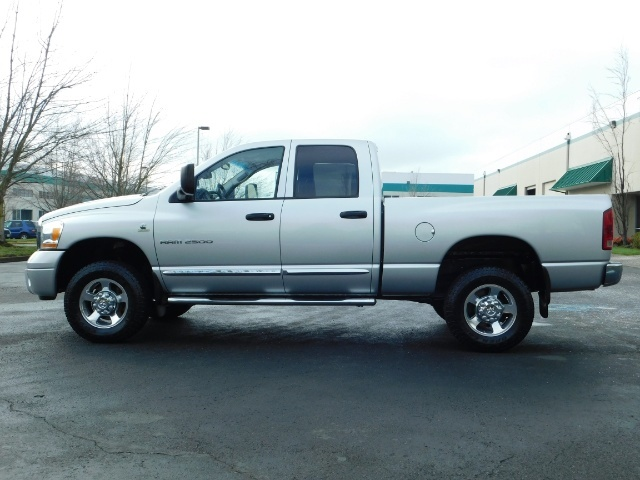 2006 Dodge Ram 2500 Laramie / 4X4 / 5.9L Cummins / 1-OWNER / LEATHER - Photo 3 - Portland, OR 97217