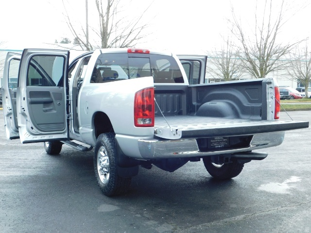 2006 Dodge Ram 2500 Laramie / 4X4 / 5.9L Cummins / 1-OWNER / LEATHER - Photo 27 - Portland, OR 97217