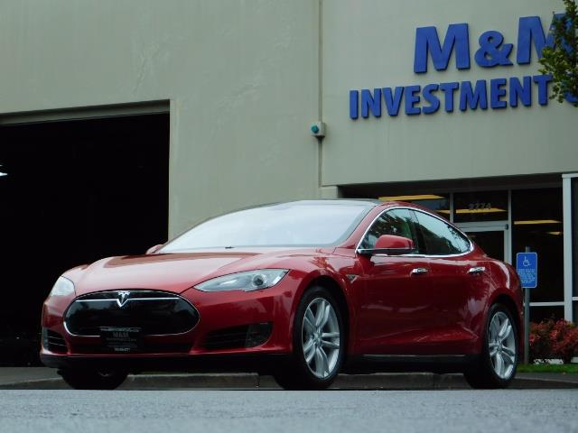 2013 Tesla Model S 85K / Leather / Tech  Pkg / Active air suspension - Photo 45 - Portland, OR 97217