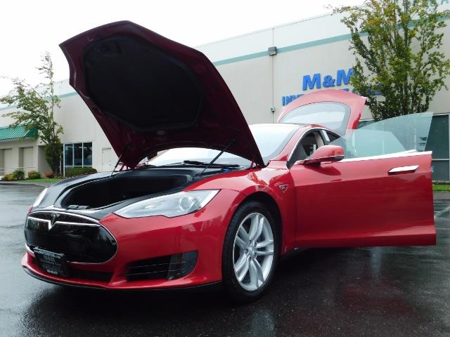 2013 Tesla Model S 85K / Leather / Tech  Pkg / Active air suspension - Photo 25 - Portland, OR 97217