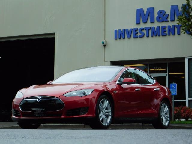 2013 Tesla Model S 85K / Leather / Tech  Pkg / Active air suspension - Photo 43 - Portland, OR 97217