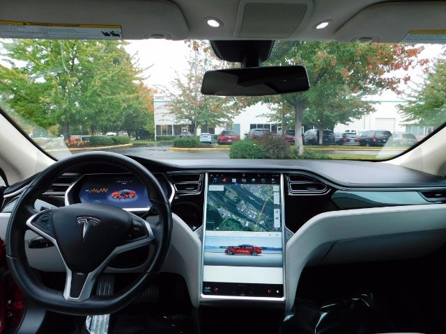 2013 Tesla Model S 85K / Leather / Tech  Pkg / Active air suspension - Photo 33 - Portland, OR 97217