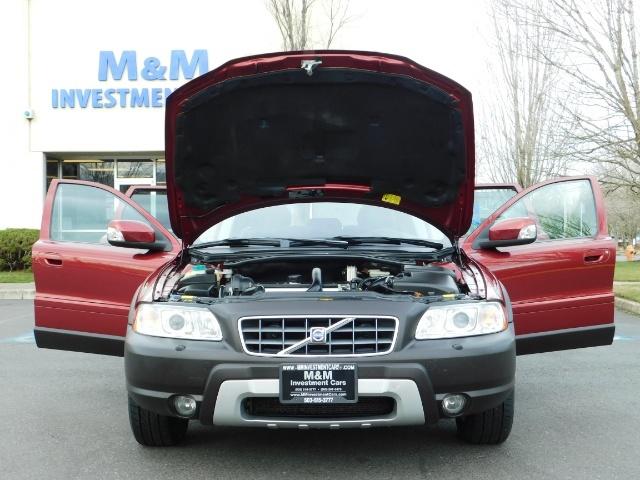 2007 Volvo XC70 AWD WAGON / HEATED LEATHER / MOON ROOF / TURBO - Photo 22 - Portland, OR 97217