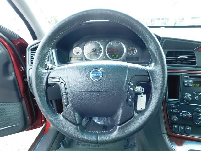 2007 Volvo XC70 AWD WAGON / HEATED LEATHER / MOON ROOF / TURBO - Photo 35 - Portland, OR 97217
