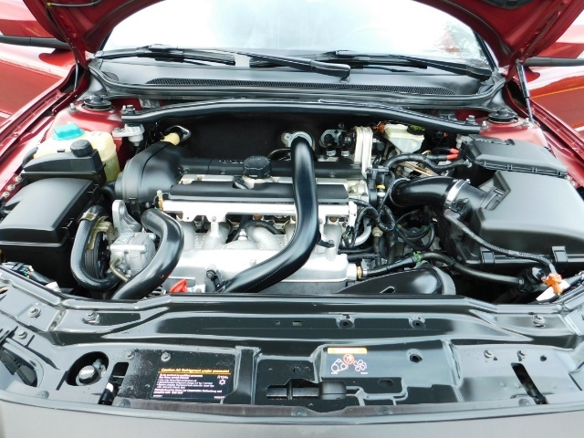 2007 Volvo XC70 AWD WAGON / HEATED LEATHER / MOON ROOF / TURBO - Photo 31 - Portland, OR 97217