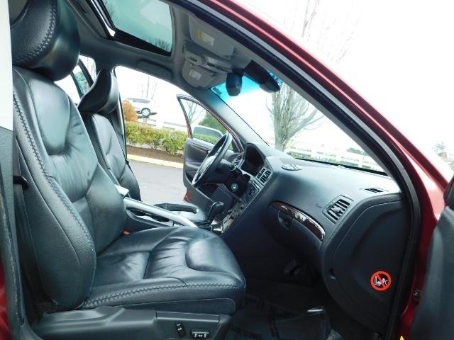 2007 Volvo XC70 AWD WAGON / HEATED LEATHER / MOON ROOF / TURBO - Photo 17 - Portland, OR 97217