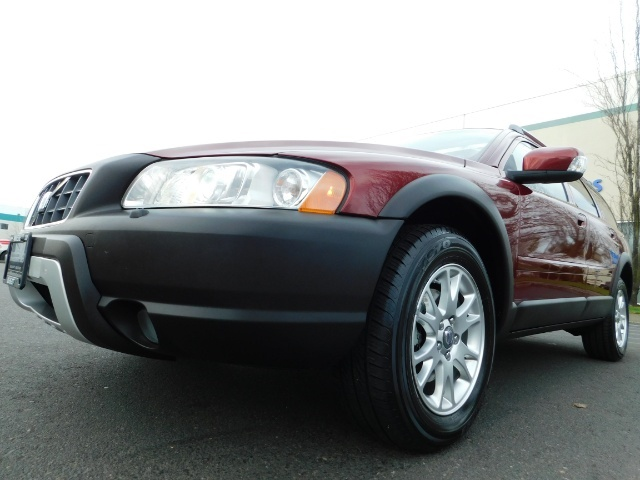 2007 Volvo XC70 AWD WAGON / HEATED LEATHER / MOON ROOF / TURBO - Photo 9 - Portland, OR 97217