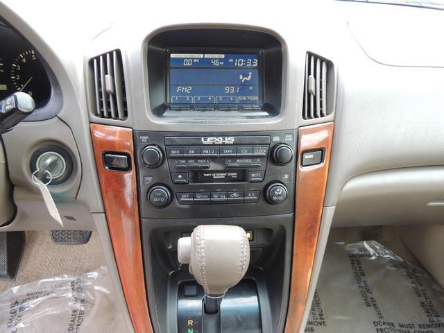 1999 Lexus RX 300 / AWD / Leather / Sunroof / Great Conditon - Photo 21 - Portland, OR 97217