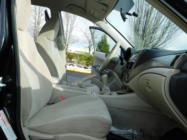 2008 Subaru Impreza 2.5i / Sedan 4-Door / AWD / 5-SPEED MANUAL - Photo 15 - Portland, OR 97217