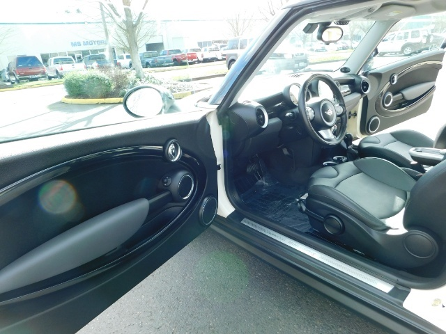 2010 Mini Cooper Clubman Cooper S / Hatchback 3Dr / Leather / Pano - Photo 13 - Portland, OR 97217