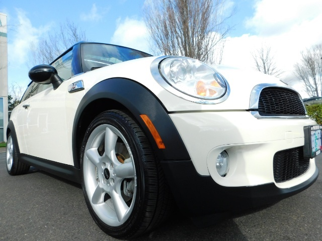 2010 Mini Cooper Clubman Cooper S / Hatchback 3Dr / Leather / Pano - Photo 10 - Portland, OR 97217