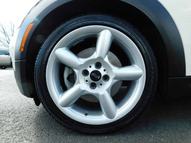 2010 Mini Cooper Clubman Cooper S / Hatchback 3Dr / Leather / Pano - Photo 38 - Portland, OR 97217