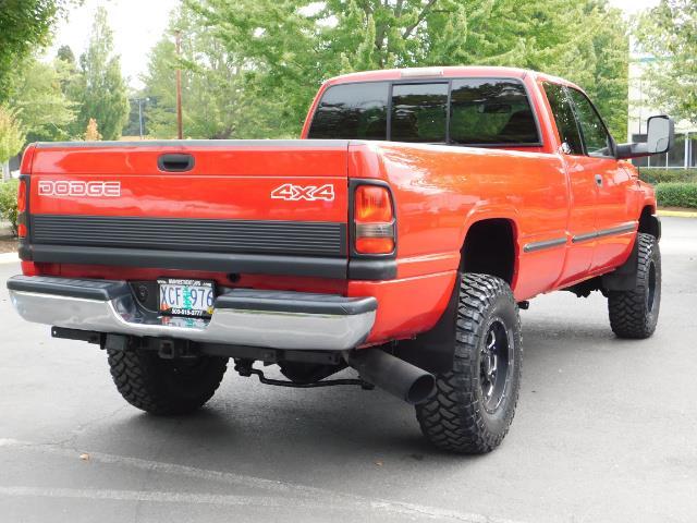 1998 Dodge Ram 2500 Laramie SLT / 4X4 / 5.9L DIESEL / 12-VALVE / 5-SPD - Photo 8 - Portland, OR 97217