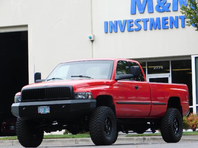 1998 Dodge Ram 2500 Laramie SLT / 4X4 / 5.9L DIESEL / 12-VALVE / 5-SPD - Photo 46 - Portland, OR 97217