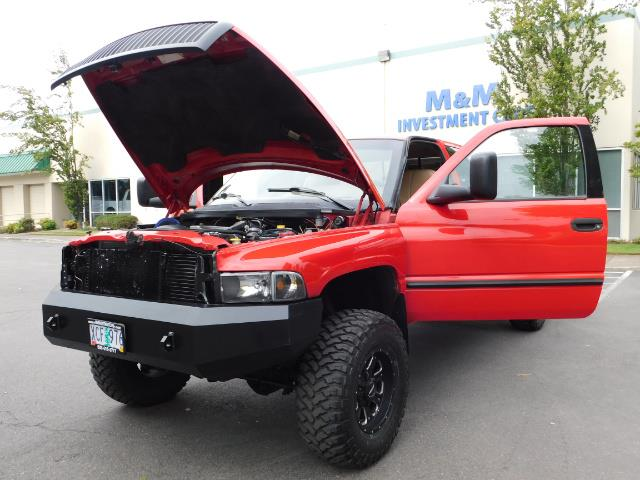 1998 Dodge Ram 2500 Laramie SLT / 4X4 / 5.9L DIESEL / 12-VALVE / 5-SPD - Photo 26 - Portland, OR 97217