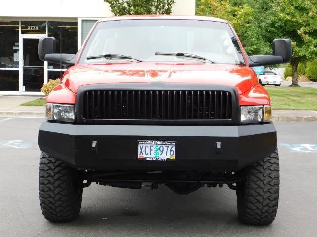 1998 Dodge Ram 2500 Laramie SLT / 4X4 / 5.9L DIESEL / 12-VALVE / 5-SPD - Photo 5 - Portland, OR 97217