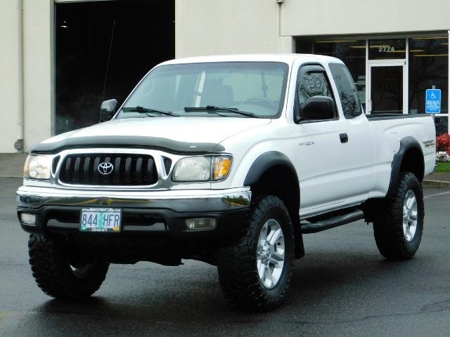 2004 Toyota Tacoma SR5 XtraCab 4x4 / V6 3.4L / TRD OFF-ROAD / LIFTED - Photo 38 - Portland, OR 97217