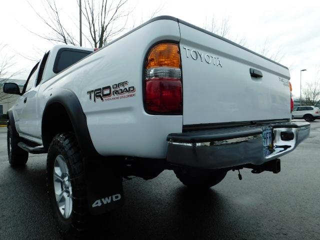 2004 Toyota Tacoma SR5 XtraCab 4x4 / V6 3.4L / TRD OFF-ROAD / LIFTED - Photo 11 - Portland, OR 97217