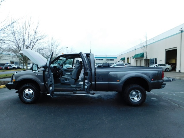2003 Ford F-350 Lariat 4X4 / 7.3L DIESEL / 6-SPEED MANUAL / DUALLY - Photo 28 - Portland, OR 97217