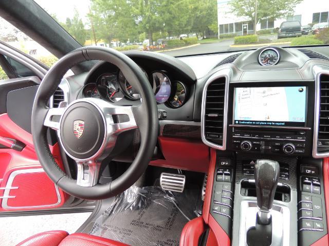 2014 Porsche Cayenne Turbo S / Panoramic Roof/ Burmester/  Niche Wheels - Photo 20 - Portland, OR 97217
