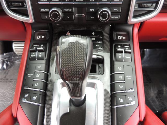2014 Porsche Cayenne Turbo S / Panoramic Roof/ Burmester/  Niche Wheels - Photo 19 - Portland, OR 97217